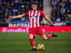 Filipe Luís hat sich im Achtelfinal-Rückspiel der Europa League einen Wadenbeinbruch zugezogen