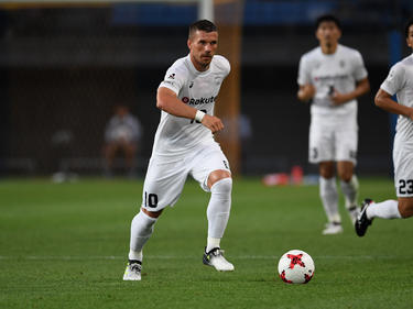 Lukas Podolski musste im Spiel seines Klubs Vissel Kobe gegen den FCTokio ausgewechselt werden