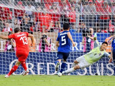 Ricardo Rodriguez hace el primero de penalti. (Foto: Imago)
