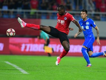 Anthony Ujah muss mit seinem Verein Liáoníng Hóngyùn den Gang in die zweite Liga antreten