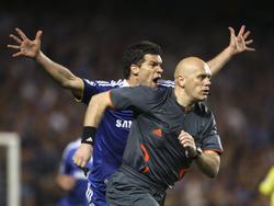 Referee Tom Henning Övrebö hat 2008/09 mit einer katastrophalen Leistung für Schlagzeilen gesorgt