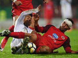 SV Wehen Wiesbaden: Mockenhaupt (re.) für zwei Spiele gesperrt