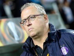 Austrias Sportvorstand Franz Wohlfahrt will seinen Trainer Thorsten Fink zufriedenstellen