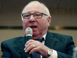 Uwe Seeler wehrte sich gegen harsche Kritik an seinem HSV