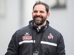 Sichtlich entspannt: Der neue Köln-Coach Stefan Ruthenbeck