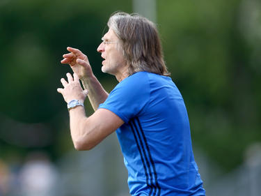 Schalkes U19 Norbert Elgert freut sich ein neues Talent
