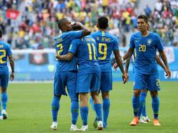 La selección carioca estuvo a punto del desastre ante los 'ticos'. (Foto: Getty)