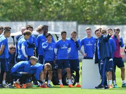 Während der HSV-Vorbereitung hat nicht nur Trainer Titz das Wort