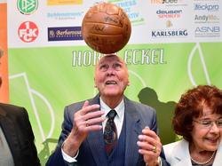 Horst Eckel sorgt sich um seine Roten Teufel