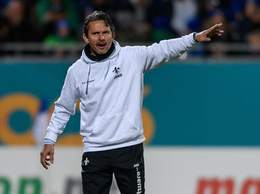 Glaubt noch den Darmstädter Klassenerhalt: Lilien-Coach Dirk Schuster