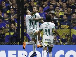Lucas Lima celebra en La Bombonera su gol a Boca. (Foto: Imago)