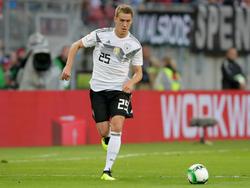 Feierte gegen Österreich sein Debüt im DFB-Dress: Nils Petersen (l.)