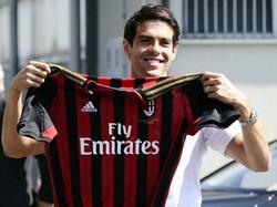 Kaká wird beim AC Mailand euphorisch begrüßt