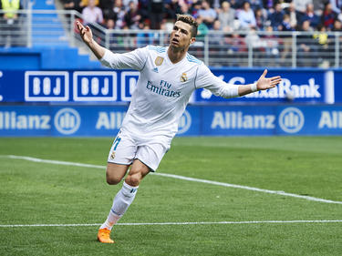 Ronaldo celebra una de sus dianas en el campo del Eibar. (Foto: Getty)