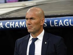 Zidane sufrió mucho en el banquillo durante todo el encuentro. (Foto: Imago)