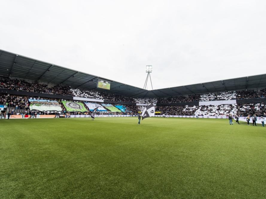 Het Polman Stadion is klaar voor de competitiewedstrijd Heracles Almelo - ADO Den Haag (07-05-2017).
