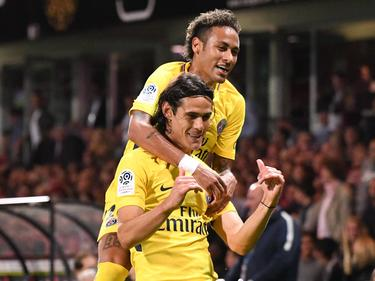 Neymar (oben) und Cavani ließen PSG in Guingamp jubeln