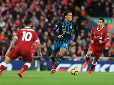 Bald Kollegen: Virgil van Dijk (M.) und Liverpools Coutinho und Roberto Firmino
