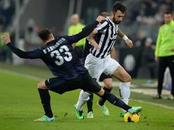 Inters Wunschspieler Mirko Vučinić durfte bei Juve im Derby d'Italia bezeichnenderweise vier Minuten ran.