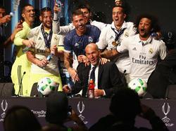 Die Madrilenen lassen es nach dem Supercup-Sieg krachen