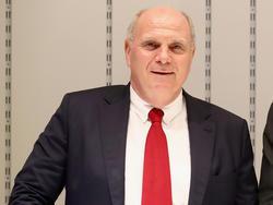 Uli Hoeneß schloss einen vorzeitigen Goretzka-Wechsel aus