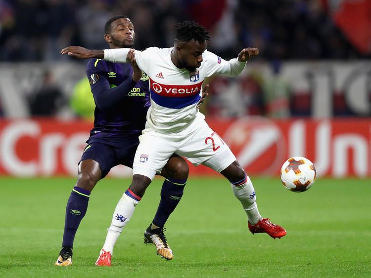 Wechselt Maxwel Cornet von Olympique Lyon zum BVB?