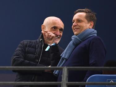 Ihre Wege könnten sich bald trennen: Sportdirektor Horst Heldt (r.) und 96-Präsident Martin Kind