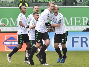 Die Kleeblätter bejubeln ihren Sieg gegen Dynamo Dresden