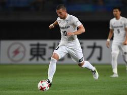 Lukas Podolski freut sich auf einen neuen Weltstar bei Kobe