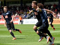 Die U19 von Hertha BSC feiert den Pokalsieg 2015.
