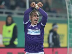 Christoph Monschein bejubelt seinen ersten Derby-Treffer