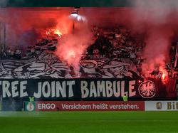 Das Zündeln der Frankfurter Fans ist vom DFB bestraft worden
