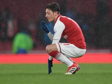 Mesut Özil fiel im Derby gegen West Ham aus