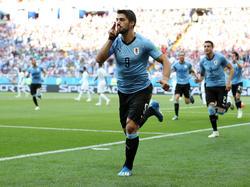 Ein Abstauber von Luis Suárez reicht Uruguay zum Einzug ins Achtelfinale