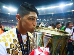 Alan Pulido freut sich über den Gewinn der CONCACAF-Champions-League
