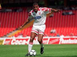 Sunday Oliseh spielte zwischen 1995 und 1997 für den 1. FC Köln