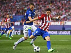 Fernando Torres (r.)