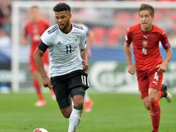 Serge Gnabry (li.) machte gegen Tschechien ein starkes Spiel