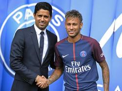 Mit Paris Saint-Germain unter Beobachtung der UEFA: Vereins-Boss und Investor Nasser Al-Khelaifi