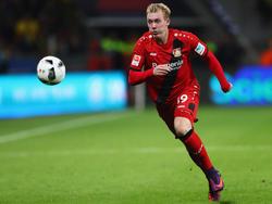 Julian Brandt hat seinen Vertrag in Leverkusen vorzeitig verlängert