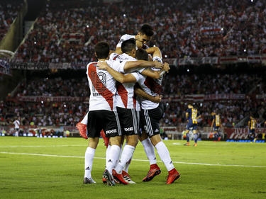 River Plate celebra la victoria ante sus aficionados. (Foto: Getty)