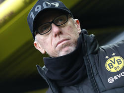 BVB-Coach Peter Stöger spricht über die lahmende BVB-Offensive und Rückkehrer Marco Reus