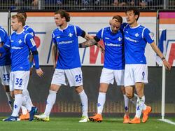 Darmstadt 98 freut sich über den Sieg gegen den Tabellenführer