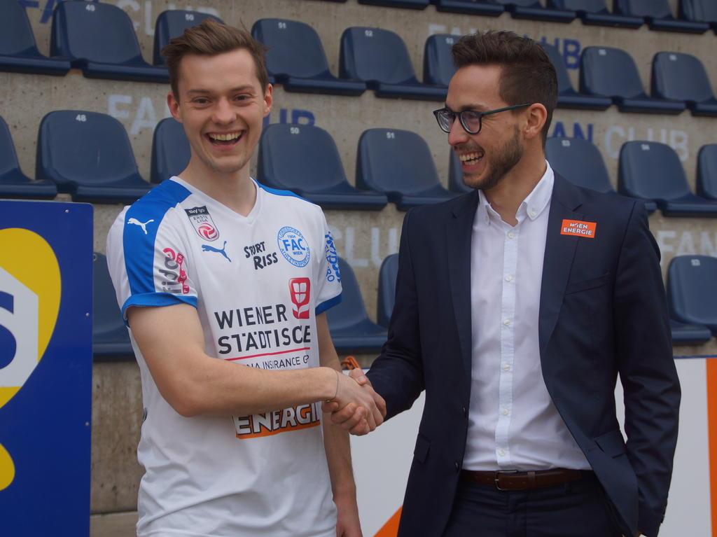 Robert Völkl kommt von den Würzburger Kickers