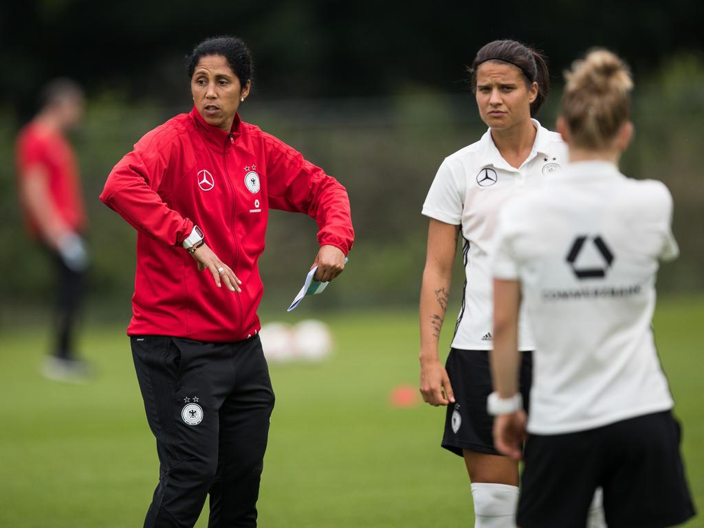 Steffi Jones will als Europameisterin aus den Niederlanden zurückkehren