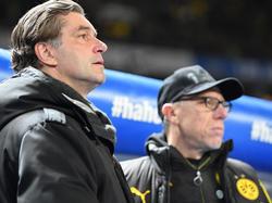 Michael Zorc (l.) war am Treffen mit Trainer Stöger beteiligt