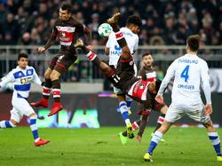 Einen harten Kampf lieferten sich der FC St. Pauli und der MSV Duisburg