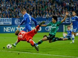 Fernando Torres wird nach seinem Doppelpack gegen Schalke von den englischen Zeitungen als Matchwinner gefeiert