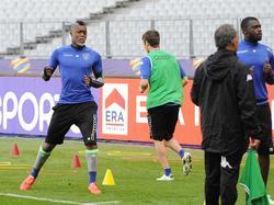 Djibril Cissé (l.) hat seine Profikarriere beendet