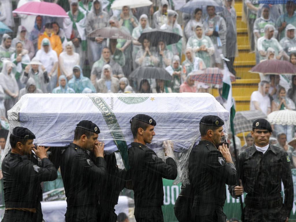 Aufgebahrt wurden die Toten nach Brasilien gebracht